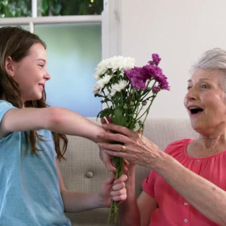 palīgierīces vecumam